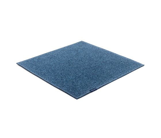https://res.cloudinary.com/clippings/image/upload/t_big/dpr_auto,f_auto,w_auto/v1/product_bases/fabric-flat-felt-indigo-by-kymo-kymo-eva-langhans-clippings-6157002.jpg