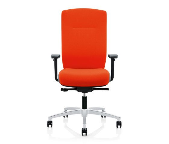 https://res.cloudinary.com/clippings/image/upload/t_big/dpr_auto,f_auto,w_auto/v1/product_bases/forma-swivel-chair-by-zuco-zuco-clippings-7562672.jpg