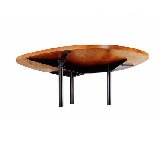 https://res.cloudinary.com/clippings/image/upload/t_big/dpr_auto,f_auto,w_auto/v1/product_bases/freiform-table-by-inchfurniture-inchfurniture-thomas-wuthrich-yves-raschle-clippings-7031622.jpg