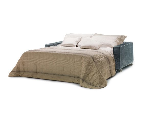 https://res.cloudinary.com/clippings/image/upload/t_big/dpr_auto,f_auto,w_auto/v1/product_bases/garrison-by-milano-bedding-milano-bedding-elena-vigano-clippings-6423712.jpg