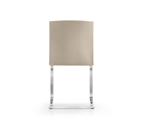 https://res.cloudinary.com/clippings/image/upload/t_big/dpr_auto,f_auto,w_auto/v1/product_bases/gina-chair-by-girsberger-girsberger-stefan-westmeyer-clippings-3634622.jpg