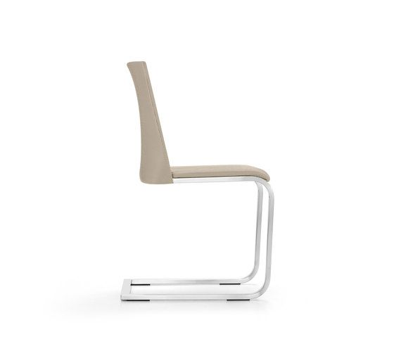 https://res.cloudinary.com/clippings/image/upload/t_big/dpr_auto,f_auto,w_auto/v1/product_bases/gina-chair-by-girsberger-girsberger-stefan-westmeyer-clippings-3634642.jpg