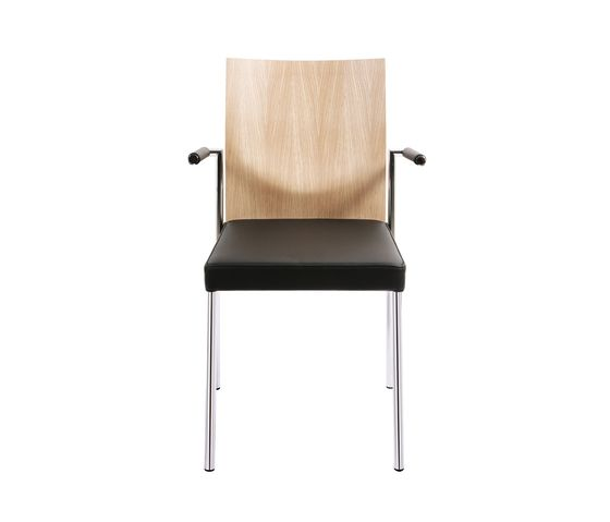 https://res.cloudinary.com/clippings/image/upload/t_big/dpr_auto,f_auto,w_auto/v1/product_bases/glooh-chair-by-kff-kff-clippings-2522492.jpg