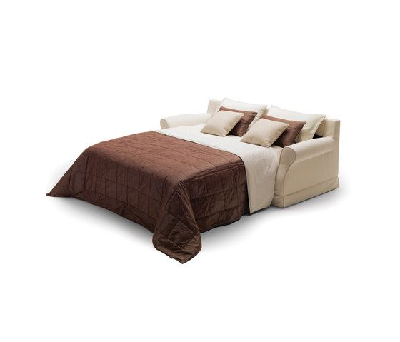 https://res.cloudinary.com/clippings/image/upload/t_big/dpr_auto,f_auto,w_auto/v1/product_bases/gordon-by-milano-bedding-milano-bedding-clippings-6437432.jpg