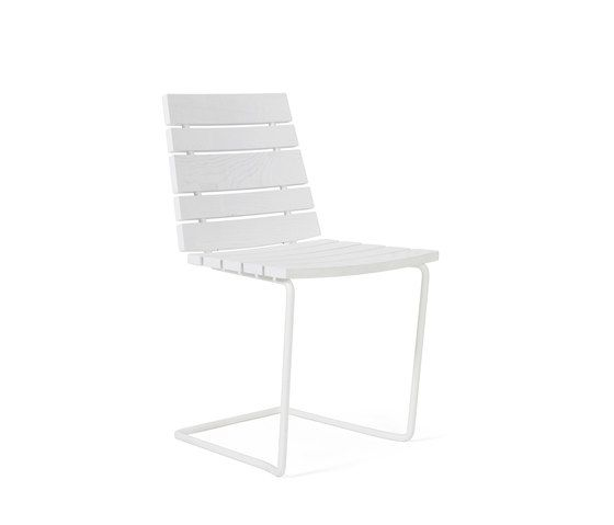 https://res.cloudinary.com/clippings/image/upload/t_big/dpr_auto,f_auto,w_auto/v1/product_bases/grinda-chair-by-skargaarden-skargaarden-matilda-lindblom-clippings-6322462.jpg