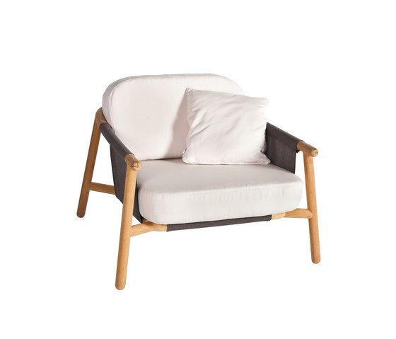 Hamp Lounge armchair by Point by Point