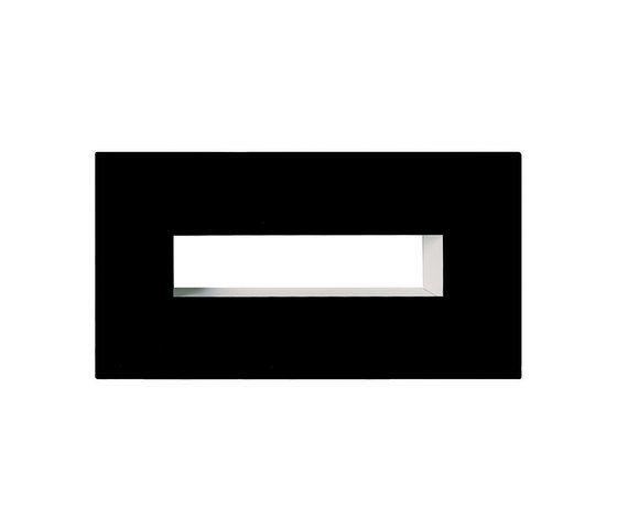 https://res.cloudinary.com/clippings/image/upload/t_big/dpr_auto,f_auto,w_auto/v1/product_bases/hans-wall-by-carpyen-carpyen-daniel-vila-ester-pujol-clippings-6160862.jpg