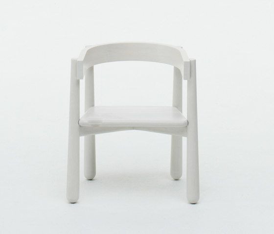https://res.cloudinary.com/clippings/image/upload/t_big/dpr_auto,f_auto,w_auto/v1/product_bases/homerun-kids-chair-by-karimoku-new-standard-karimoku-new-standard-sylvain-willenz-clippings-7392582.jpg