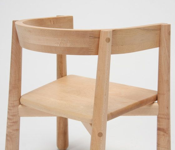 https://res.cloudinary.com/clippings/image/upload/t_big/dpr_auto,f_auto,w_auto/v1/product_bases/homerun-kids-chair-by-karimoku-new-standard-karimoku-new-standard-sylvain-willenz-clippings-7392662.jpg