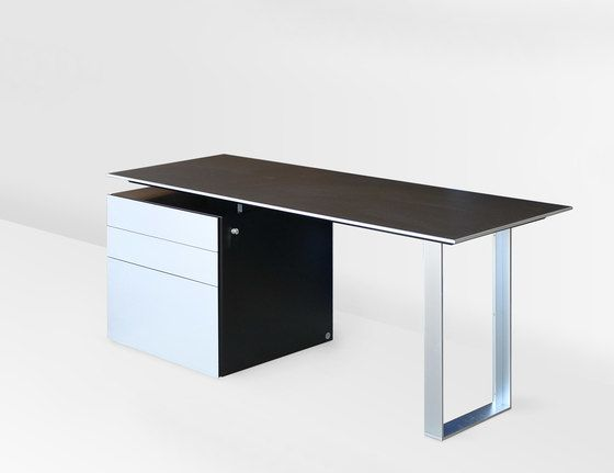 https://res.cloudinary.com/clippings/image/upload/t_big/dpr_auto,f_auto,w_auto/v1/product_bases/ign-office-lino-by-ign-design-ign-design-clippings-3390892.jpg