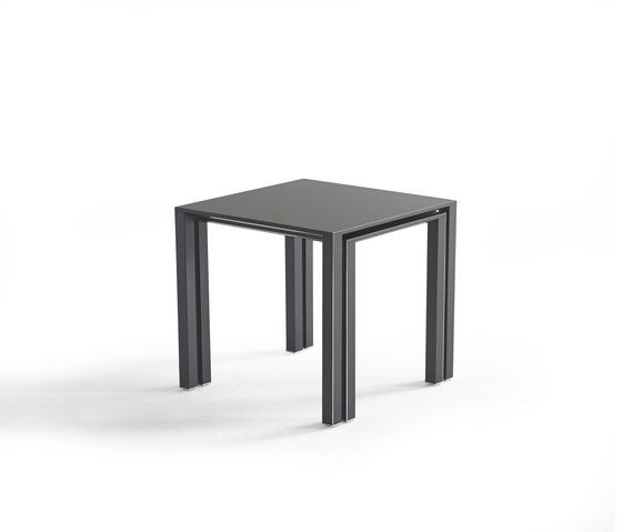 https://res.cloudinary.com/clippings/image/upload/t_big/dpr_auto,f_auto,w_auto/v1/product_bases/infinity-side-table-set-by-yomei-yomei-andre-schelbach-clippings-1833292.jpg