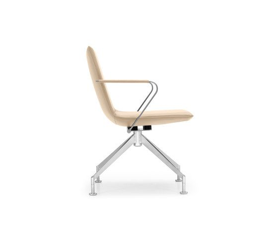 https://res.cloudinary.com/clippings/image/upload/t_big/dpr_auto,f_auto,w_auto/v1/product_bases/jack-4-legged-chair-by-girsberger-girsberger-burkhard-vogtherr-clippings-6606662.jpg