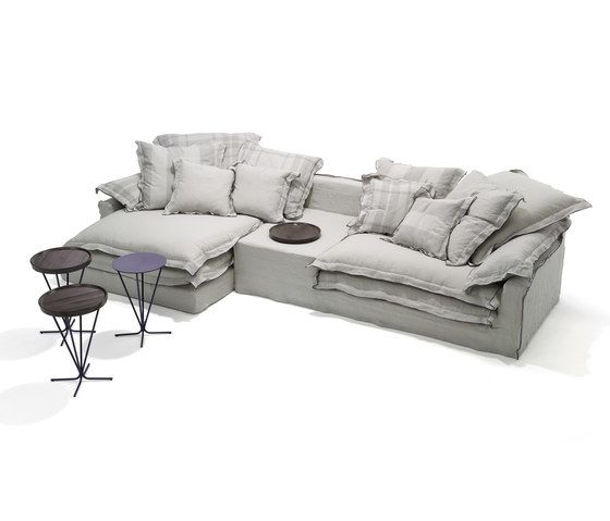 https://res.cloudinary.com/clippings/image/upload/t_big/dpr_auto,f_auto,w_auto/v1/product_bases/jans-new-sofa-by-linteloo-linteloo-paola-navone-clippings-6484292.jpg