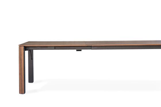 https://res.cloudinary.com/clippings/image/upload/t_big/dpr_auto,f_auto,w_auto/v1/product_bases/jasper-table-by-girsberger-girsberger-stefan-westmeyer-clippings-7028432.jpg