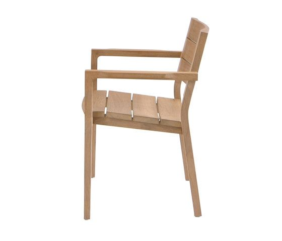 https://res.cloudinary.com/clippings/image/upload/t_big/dpr_auto,f_auto,w_auto/v1/product_bases/june-chair-by-fischer-mobel-fischer-mobel-clippings-7204712.jpg