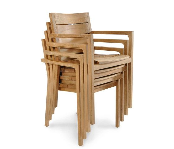 https://res.cloudinary.com/clippings/image/upload/t_big/dpr_auto,f_auto,w_auto/v1/product_bases/june-chair-by-fischer-mobel-fischer-mobel-clippings-7204792.jpg