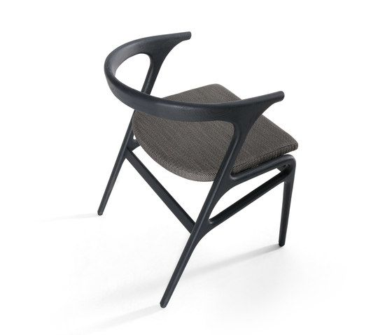 https://res.cloudinary.com/clippings/image/upload/t_big/dpr_auto,f_auto,w_auto/v1/product_bases/kira-chair-by-mobilfresno-alternative-mobilfresno-alternative-paco-camus-clippings-8097492.jpg