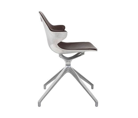 https://res.cloudinary.com/clippings/image/upload/t_big/dpr_auto,f_auto,w_auto/v1/product_bases/kirk-armchair-by-kff-kff-volker-reichert-clippings-2299152.jpg
