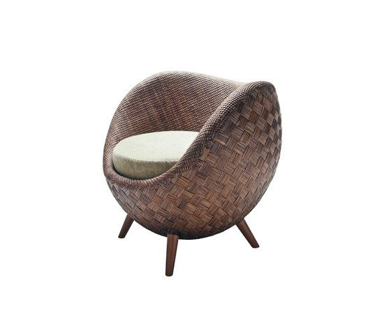https://res.cloudinary.com/clippings/image/upload/t_big/dpr_auto,f_auto,w_auto/v1/product_bases/la-luna-easy-armchair-by-kenneth-cobonpue-kenneth-cobonpue-kenneth-cobonpue-clippings-4564902.jpg