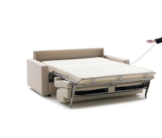 https://res.cloudinary.com/clippings/image/upload/t_big/dpr_auto,f_auto,w_auto/v1/product_bases/lampo-motion-by-milano-bedding-milano-bedding-clippings-6443002.jpg