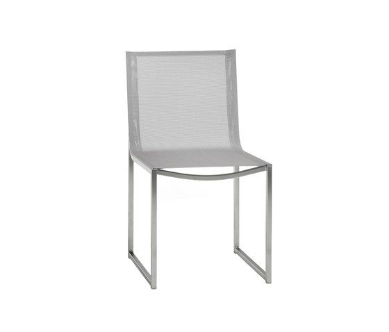 https://res.cloudinary.com/clippings/image/upload/t_big/dpr_auto,f_auto,w_auto/v1/product_bases/latona-dining-chair-by-manutti-manutti-clippings-7066642.jpg