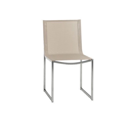 https://res.cloudinary.com/clippings/image/upload/t_big/dpr_auto,f_auto,w_auto/v1/product_bases/latona-dining-chair-by-manutti-manutti-clippings-7066742.jpg