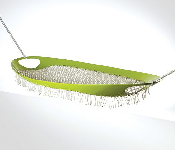 https://res.cloudinary.com/clippings/image/upload/t_big/dpr_auto,f_auto,w_auto/v1/product_bases/leaf-hammock-by-gaeaforms-gaeaforms-pinar-yar-tugrul-govsa-clippings-4903652.jpg