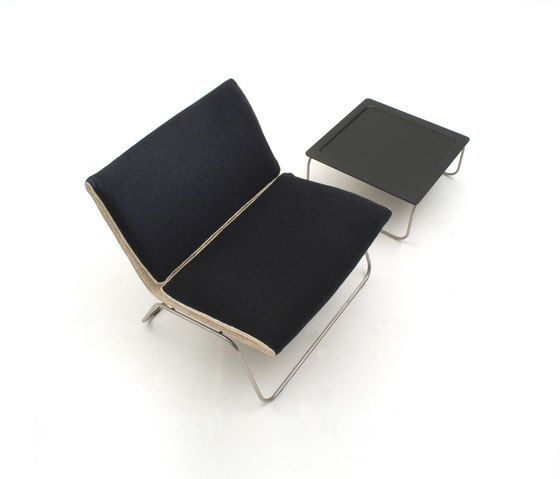 https://res.cloudinary.com/clippings/image/upload/t_big/dpr_auto,f_auto,w_auto/v1/product_bases/leaf-lounge-chair-by-living-divani-living-divani-eero-koivisto-marten-claesson-ola-rune-clippings-3853102.jpg
