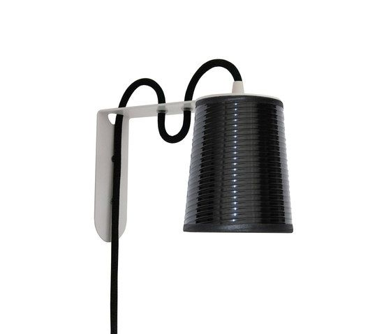 https://res.cloudinary.com/clippings/image/upload/t_big/dpr_auto,f_auto,w_auto/v1/product_bases/lightbook-wall-lamp-by-designheure-designheure-herve-langlais-clippings-4451922.jpg