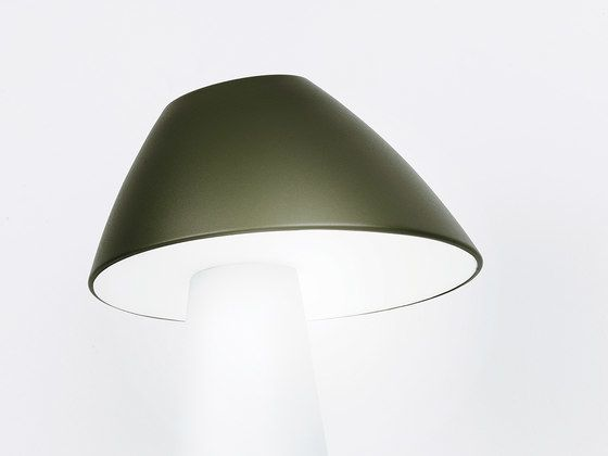 https://res.cloudinary.com/clippings/image/upload/t_big/dpr_auto,f_auto,w_auto/v1/product_bases/loisto-table-green-by-lnd-design-lnd-design-jukka-s-korpihete-clippings-2372302.jpg