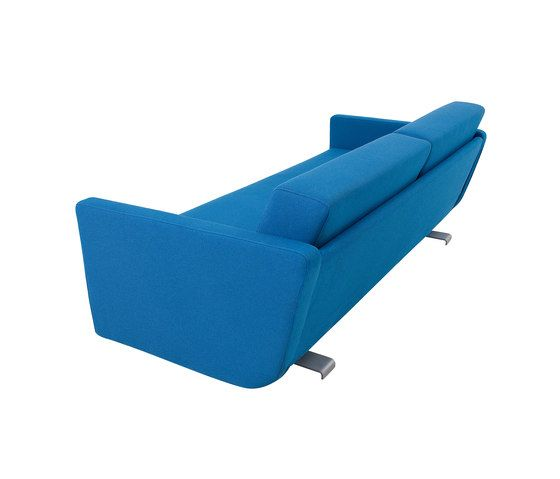 https://res.cloudinary.com/clippings/image/upload/t_big/dpr_auto,f_auto,w_auto/v1/product_bases/lounge-sofa-by-softline-as-softline-as-jorg-wulff-thomas-muller-clippings-1688012.jpg