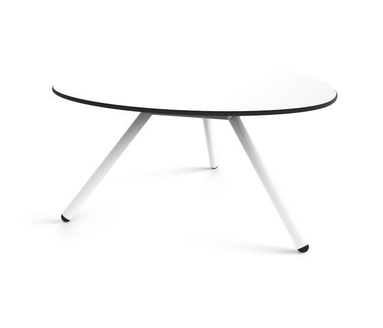https://res.cloudinary.com/clippings/image/upload/t_big/dpr_auto,f_auto,w_auto/v1/product_bases/low-a-lowha-d92-h45-coffee-table-by-lonc-lonc-rogier-waaijer-clippings-5985432.jpg