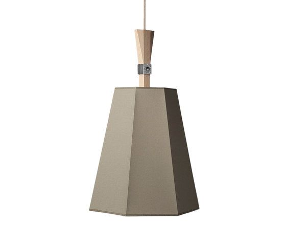 https://res.cloudinary.com/clippings/image/upload/t_big/dpr_auto,f_auto,w_auto/v1/product_bases/luxiole-pendant-light-large-by-designheure-designheure-kristian-gavoille-clippings-5503682.jpg