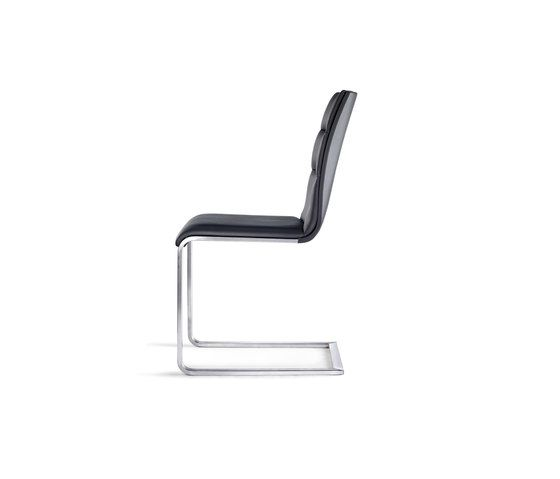 https://res.cloudinary.com/clippings/image/upload/t_big/dpr_auto,f_auto,w_auto/v1/product_bases/lynn-chair-by-girsberger-girsberger-stefan-westmeyer-clippings-8219532.jpg