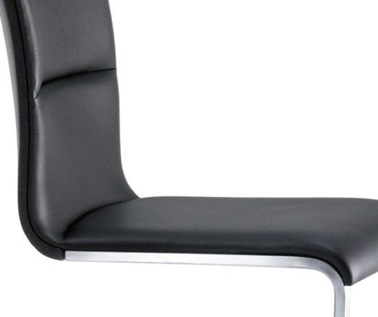 https://res.cloudinary.com/clippings/image/upload/t_big/dpr_auto,f_auto,w_auto/v1/product_bases/lynn-chair-by-girsberger-girsberger-stefan-westmeyer-clippings-8219592.jpg