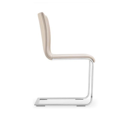 https://res.cloudinary.com/clippings/image/upload/t_big/dpr_auto,f_auto,w_auto/v1/product_bases/lynn-s-cantilever-chair-by-girsberger-girsberger-stefan-westmeyer-clippings-2262432.jpg
