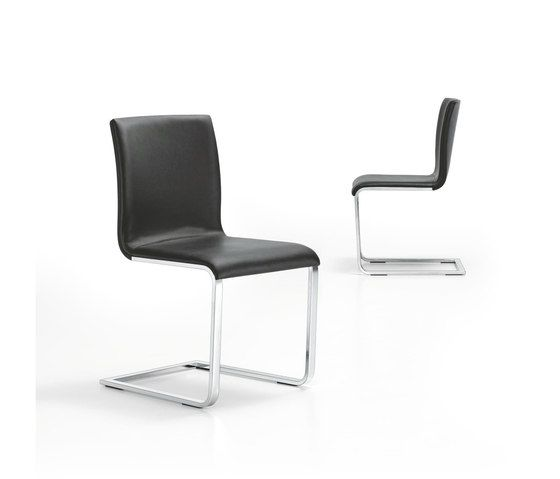 https://res.cloudinary.com/clippings/image/upload/t_big/dpr_auto,f_auto,w_auto/v1/product_bases/lynn-s-cantilever-chair-by-girsberger-girsberger-stefan-westmeyer-clippings-2262492.jpg