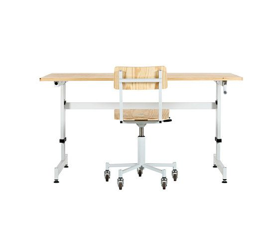 https://res.cloudinary.com/clippings/image/upload/t_big/dpr_auto,f_auto,w_auto/v1/product_bases/made-in-the-workshop-desk-by-lensvelt-lensvelt-piet-hein-eek-clippings-3404622.jpg