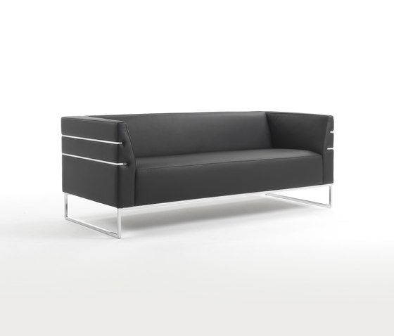 https://res.cloudinary.com/clippings/image/upload/t_big/dpr_auto,f_auto,w_auto/v1/product_bases/madison-xl-sofa-by-giulio-marelli-giulio-marelli-clippings-6986992.jpg