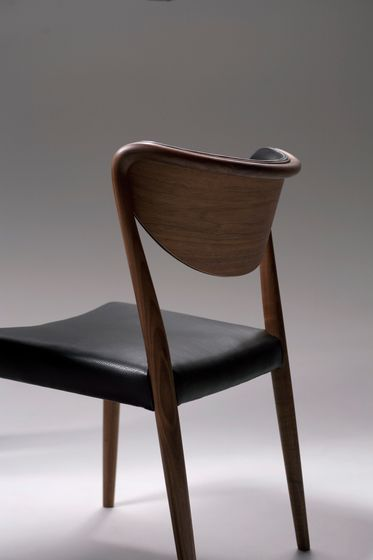 https://res.cloudinary.com/clippings/image/upload/t_big/dpr_auto,f_auto,w_auto/v1/product_bases/marcel-chair-by-ritzwell-ritzwell-shinsaku-miyamoto-clippings-8297312.jpg