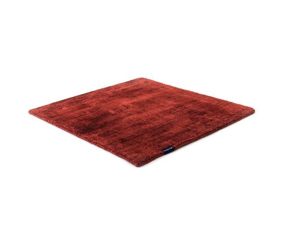 https://res.cloudinary.com/clippings/image/upload/t_big/dpr_auto,f_auto,w_auto/v1/product_bases/mark-2-viscose-deep-red-by-kymo-kymo-clippings-6505222.jpg