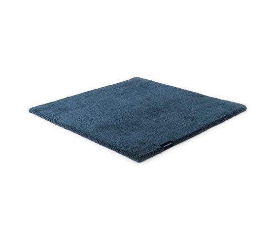 https://res.cloudinary.com/clippings/image/upload/t_big/dpr_auto,f_auto,w_auto/v1/product_bases/mark-2-wool-light-denim-by-kymo-kymo-clippings-6008082.jpg