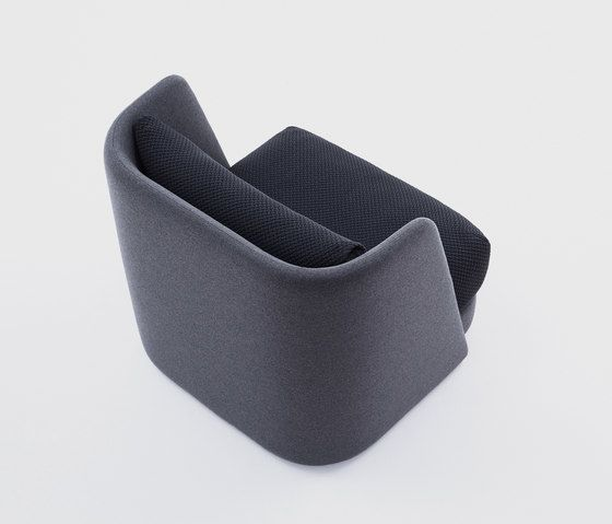 https://res.cloudinary.com/clippings/image/upload/t_big/dpr_auto,f_auto,w_auto/v1/product_bases/mellow-armchair-by-comforty-comforty-maja-ganszyniec-clippings-2169432.jpg
