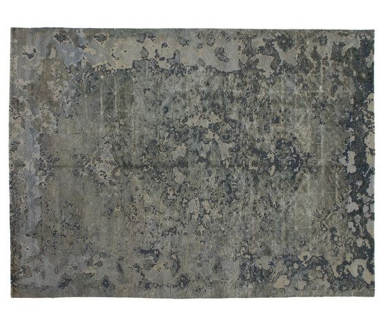 https://res.cloudinary.com/clippings/image/upload/t_big/dpr_auto,f_auto,w_auto/v1/product_bases/memories-firuzabad-aluminio-by-golran-1898-golran-1898-isabella-sodi-clippings-5876412.jpg