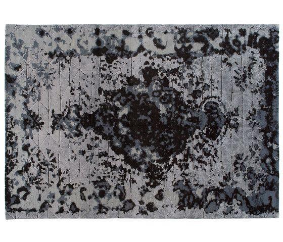 https://res.cloudinary.com/clippings/image/upload/t_big/dpr_auto,f_auto,w_auto/v1/product_bases/memories-firuzabad-dark-by-golran-1898-golran-1898-isabella-sodi-clippings-5937312.jpg
