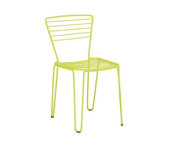 https://res.cloudinary.com/clippings/image/upload/t_big/dpr_auto,f_auto,w_auto/v1/product_bases/menorca-chair-by-isi-mar-isi-mar-clippings-6542162.jpg