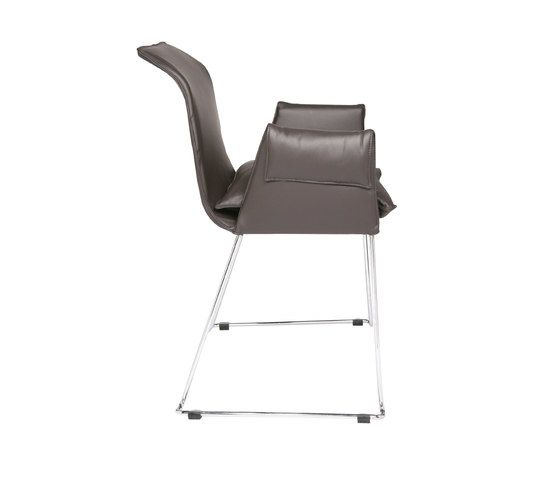 https://res.cloudinary.com/clippings/image/upload/t_big/dpr_auto,f_auto,w_auto/v1/product_bases/mexico-chair-by-kff-kff-clippings-1960122.jpg