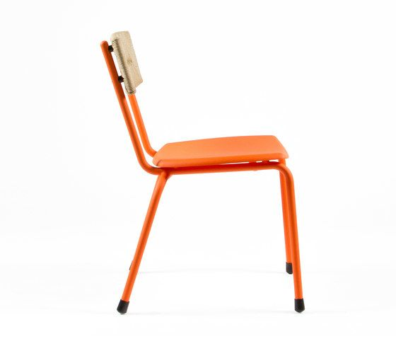 https://res.cloudinary.com/clippings/image/upload/t_big/dpr_auto,f_auto,w_auto/v1/product_bases/mica-9073-chair-by-maiori-design-maiori-design-clippings-6996932.jpg