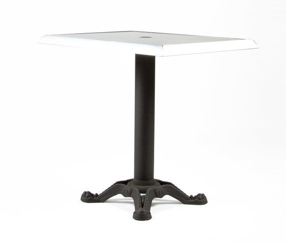 https://res.cloudinary.com/clippings/image/upload/t_big/dpr_auto,f_auto,w_auto/v1/product_bases/mica-9161-table-by-maiori-design-maiori-design-clippings-7564142.jpg