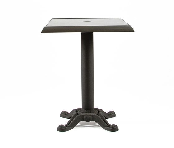 https://res.cloudinary.com/clippings/image/upload/t_big/dpr_auto,f_auto,w_auto/v1/product_bases/mica-9161-table-by-maiori-design-maiori-design-clippings-7564242.jpg